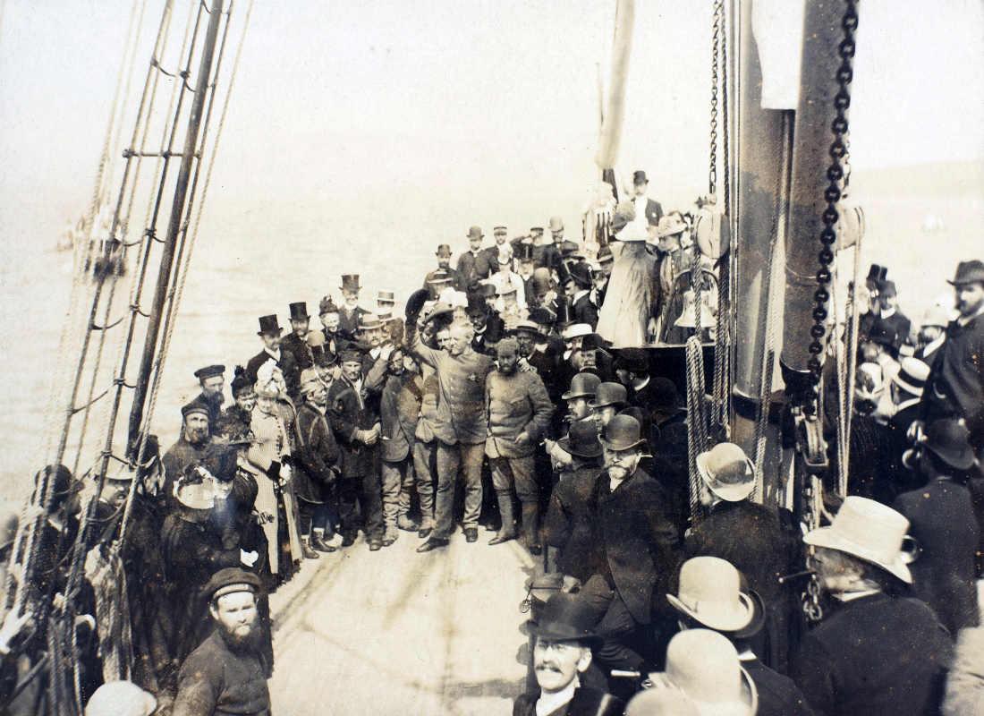 Фото: Ludwik Szaciński / National Library of Norway / Возвращение на родину из гренландской экспедиции. Нансен на борту корабля «Kong Carl»