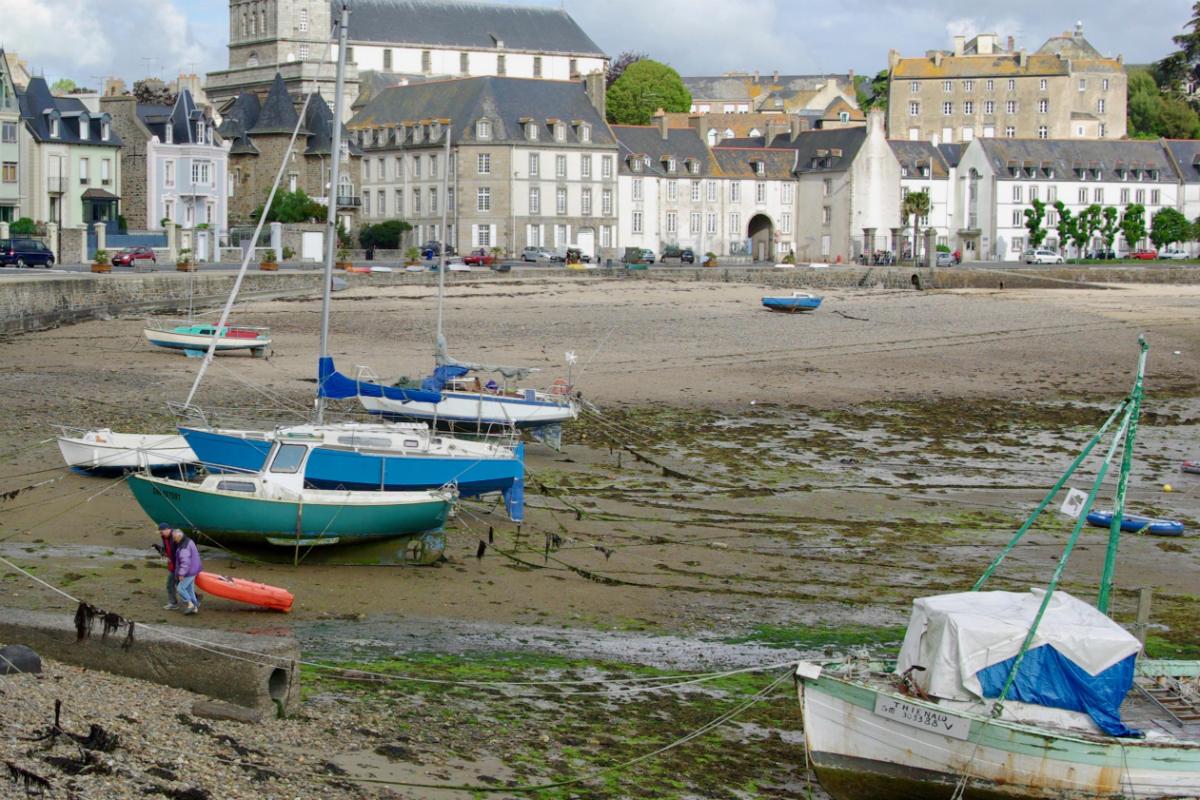 Фото: ScandiNews / Отлив в Сен-Мало. Франция