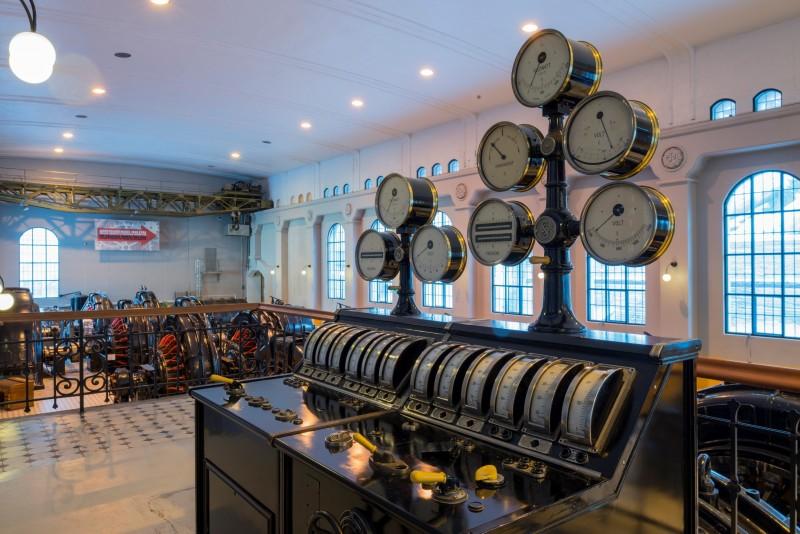 © Per Berntsen/Machinery room, Vemork power plant (Norway)